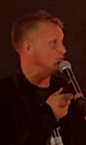 Janne Bylund höll igång på kvällen.