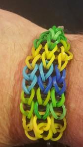 Rebecca gjorde ett fint armband åt mej.